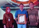 Asuransi Astra Raih Indonesia Best Insurance Award & Top CEO 2019