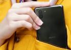Sharp Meluncurkan Smartphone Teringan di Dunia