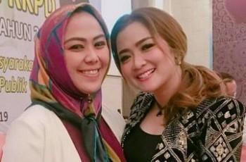 Dua Dokter Cewek Rebutan Kursi Bupati di Pilkada Karawang